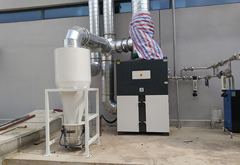 DF series is used for dust removal on an imported precision grinder